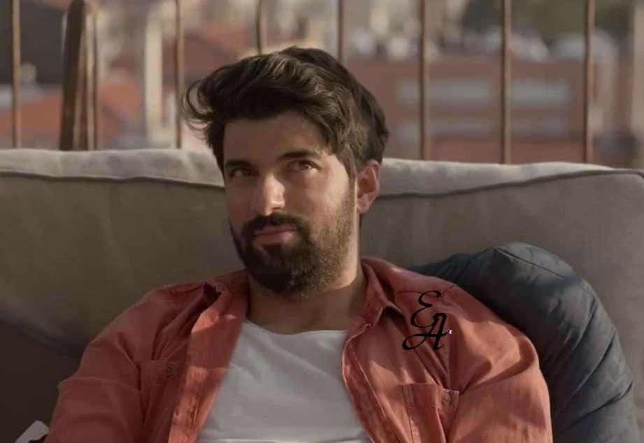 Umut Atay, le double personnage d'Engin Akyürek dans le film Bir Ask Iki Hayat (Un Amour Deux vies).