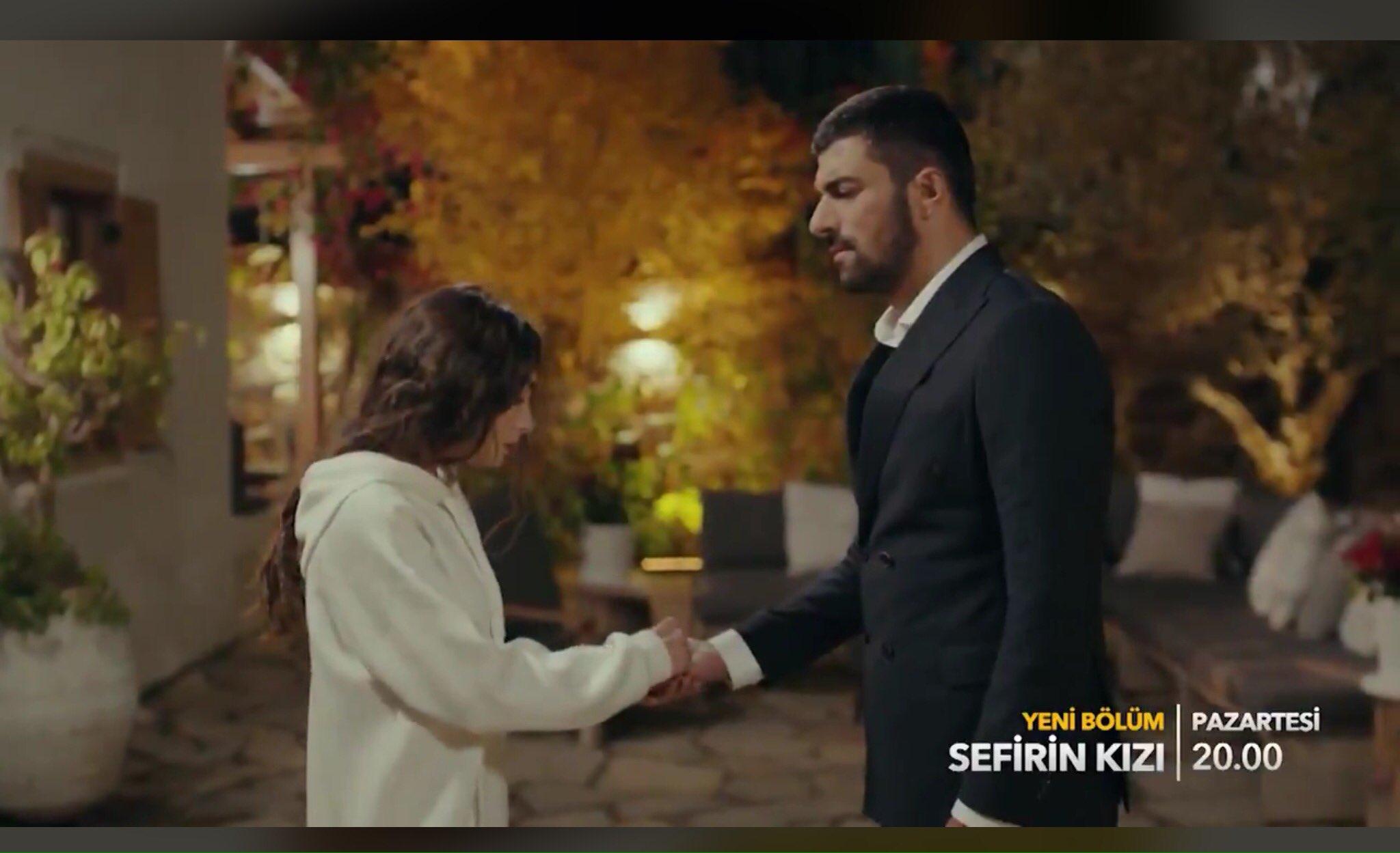 Il y avait une telle scène dans la série télévisée «SefirinKizi» qu'il n'y avait pas besoin de mots!